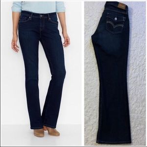 Like New Levi's 529 Curvy Bootcut Jeans Size 8